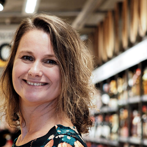 #34 Een rete goede ouder zijn én 80 uur per week werken? Met supermarkteigenaresse met een missie Monique Ravenstijn